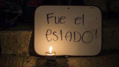 Unos 300 manifestantes se reunieron la noche del viernes en Ciudad de Mé...