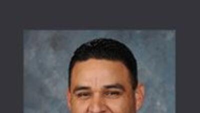 Robert Fierro, concejal de Commerce, arrestado por el FBI bajo varios ca...