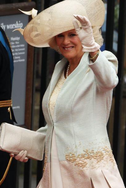 Camilla Parker Bowles, madrastra del príncipe William, se enamoró de un...