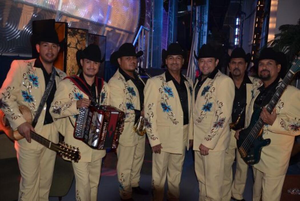 El Conjunto Río Grande también disfrutó de sorpresas en Sábado Gigante