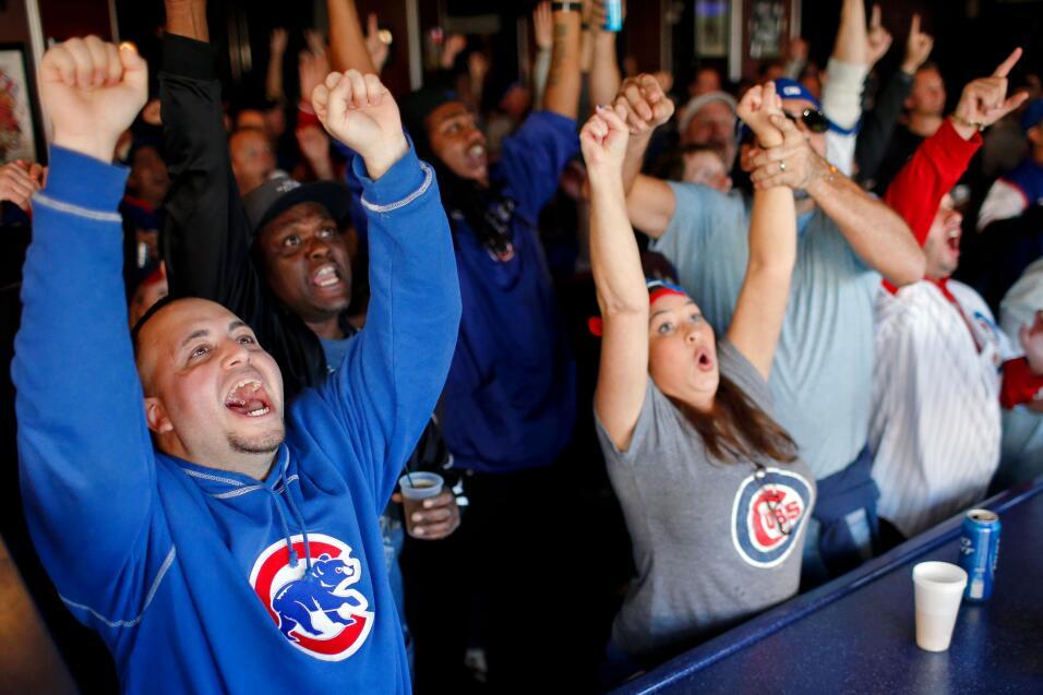 Hoy se hizo historia. Los Cubs ganan a los Cardenales de St Louis y avan...