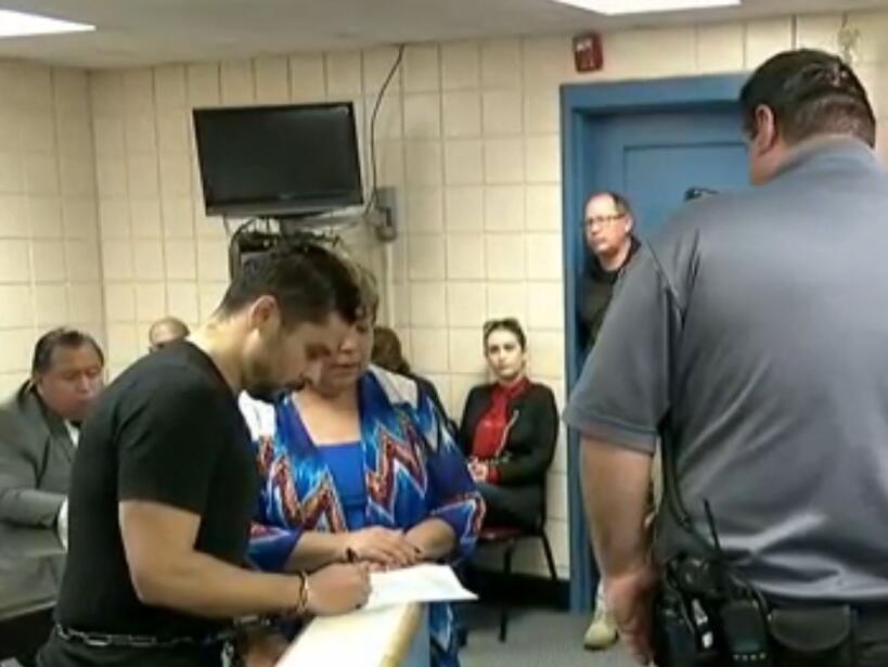 Momento en el que Larry Hernández comparece ante el juez.