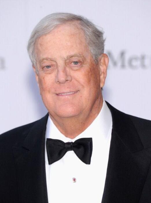 NEW YORK.   El propietario parcial de Koch Industries, David Koch, ha am...
