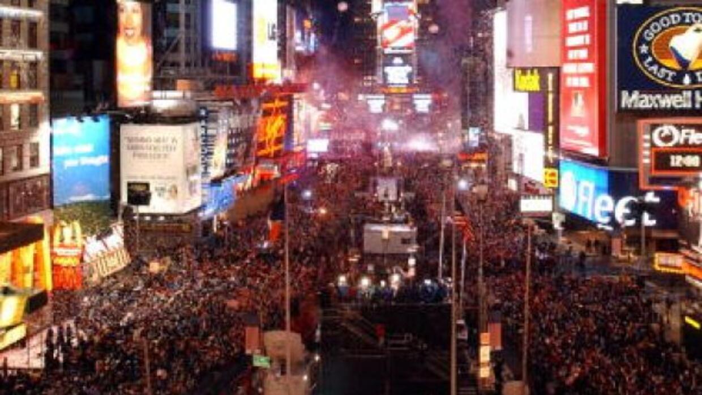Alístate para ser partícipe de la fiesta más grande del mundo. Lo más...