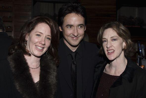 John y Joan Cusack. Este par de actores son conocidos por ser multifacét...