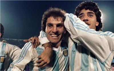Oscar Ruggeri con la selección de Argentina.