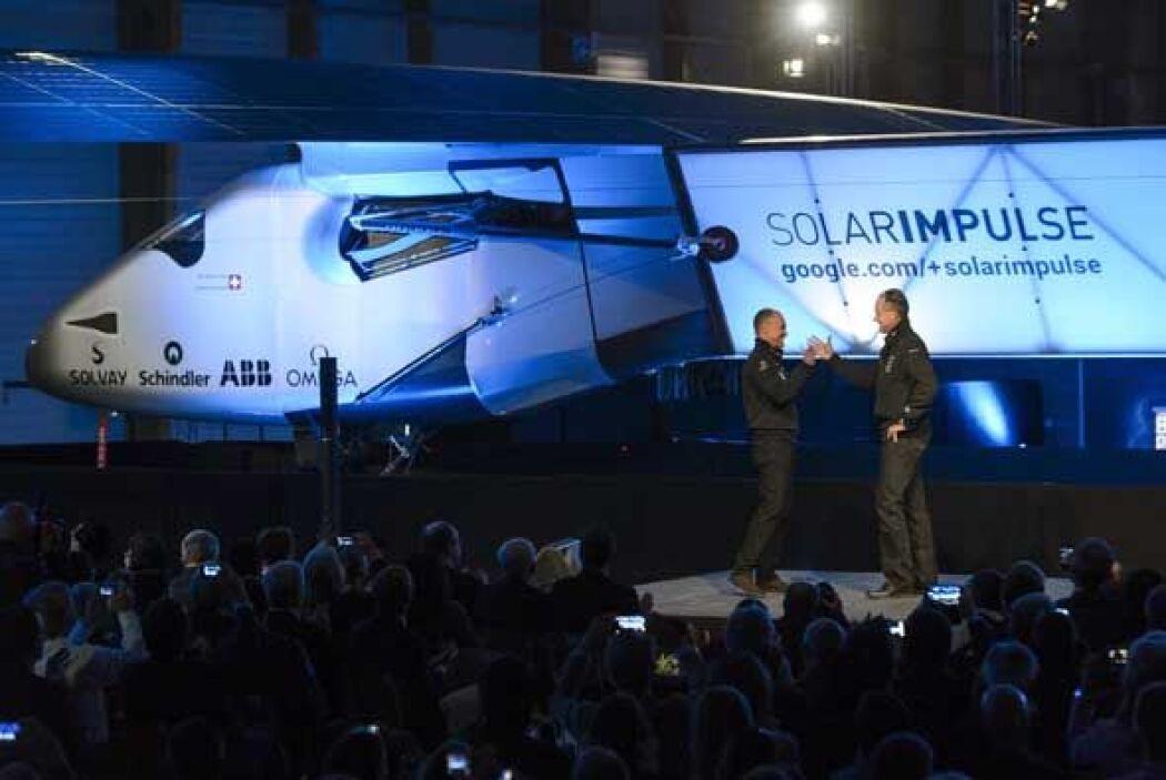 Solar Impulse 2 (Si2), el segundo prototipo de avión solar, fue presenta...