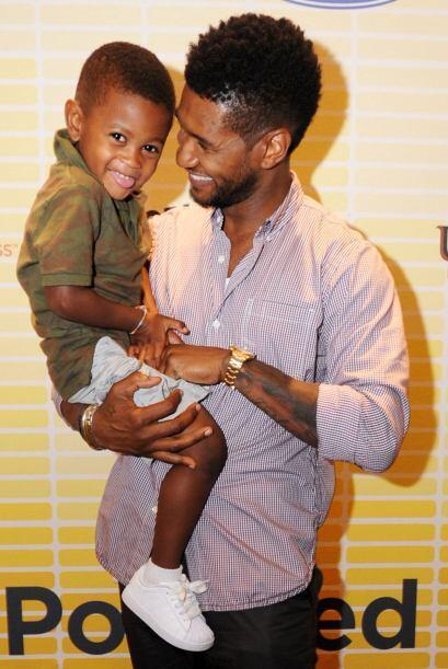 Además, es un padre adorable y responsable, quien peleó mu...
