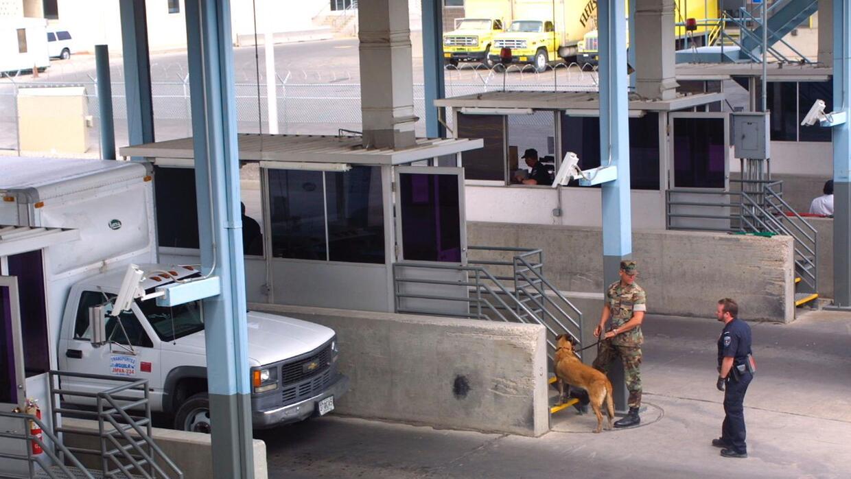 Sistema de rayos X para revisión de cargamentos en la frontera de Texas...
