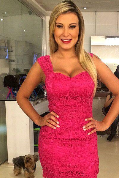 Andressa Urach es una reina de belleza que ganó el segundo lugar en el c...