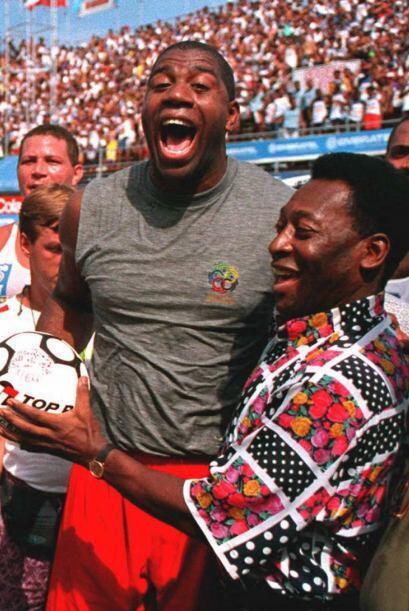 Earvin 'Magic' Johnson, uno de los mejores jugadores de la historia del...