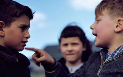 ¿Cómo prevenir las tragedias causadas por el acoso escolar?