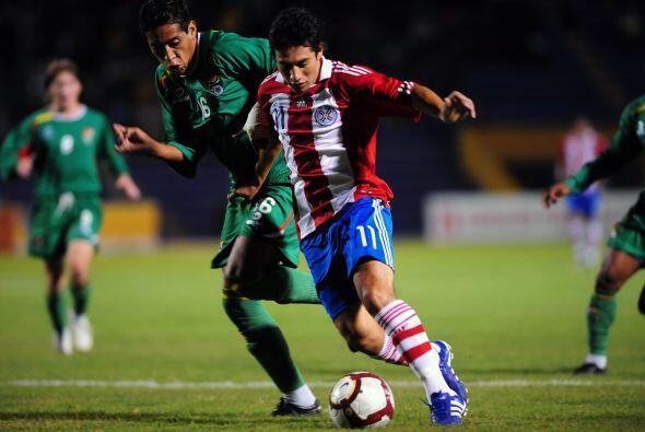 Paraguay sumó sus tres primeros puntos en la zona. En la apertura de la...