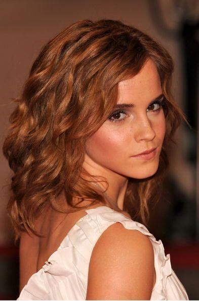 Emma Watson comenzó a preocuparse por su apariencia después de que la sa...