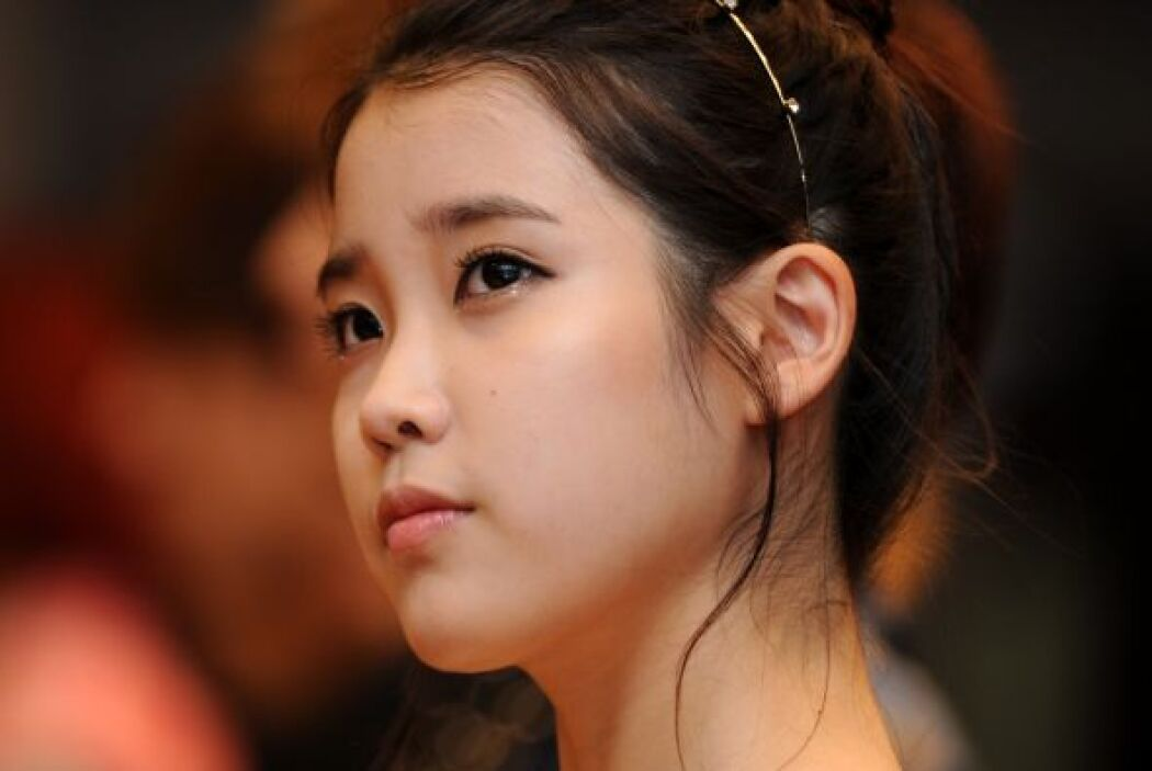 15.- IU es una chica sudcoreana que ha conquistado el Medio Oriente con...