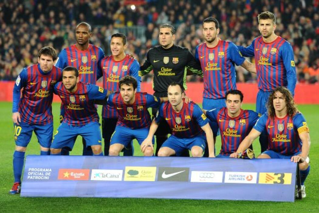 4. BARCELONA- Con un valor 8% menor que en 2011, la marca del equipo Bar...