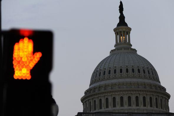 A sólo unos días del 1 de enero, la Casa Blanca y republicanos no han ll...