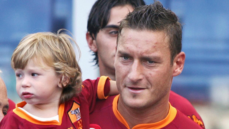 Totti con su hijo en 2007
