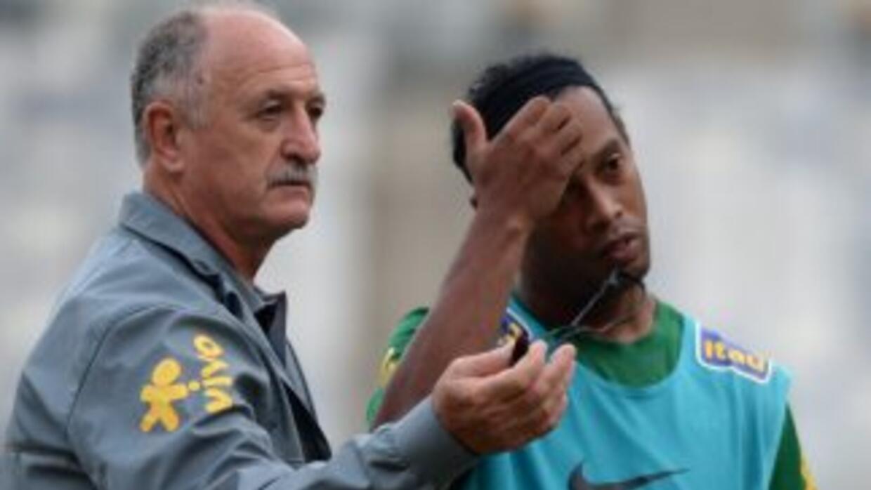 'Felipao' probó tanto a 'Dinho' como a Kaká en duelos amistosos, pero po...