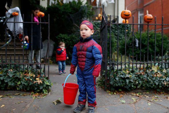 Así que si tu niño quiere disfrazarse de 'Batman' o de 'Spiderman' dale...