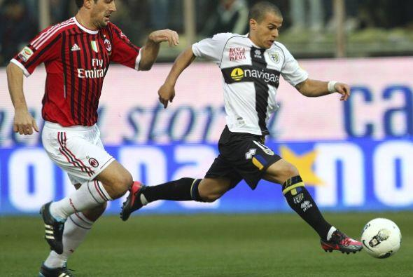 Parma recibió la visita del líder Milan, con todas sus figuras.