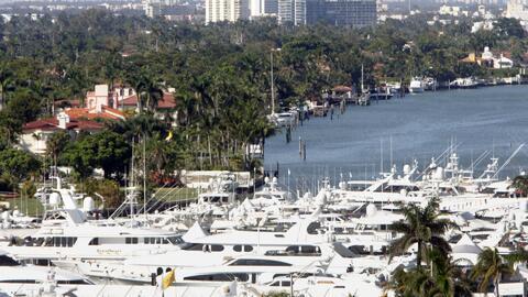 El Miami International Boat Show es un evento más grande que dos Super B...
