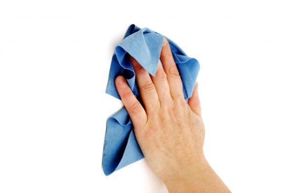 Y que puedas limpiar con un paño húmedo. Un básico que nunca falla: el e...