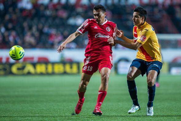 Con cuatro goles aparecen dos mediocampistas, el primero es Juan Arango...