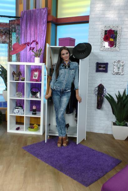 Con su sección 'La moda lo que te acomoda', la guapa Daniela Bote...
