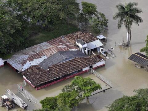 Las intensas lluvias en Colombia han provocado ya la muerte de 138 perso...