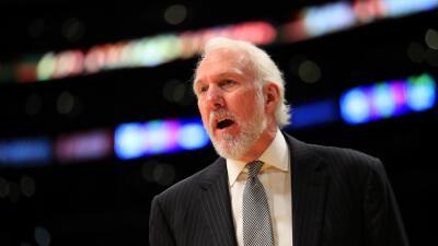 LOS ANGELES, CA - NOVEMBER 18: Head Coach Gregg Popovich of the San Anto...
