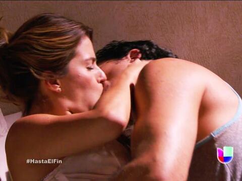 Ahora sí encendieron el cuarto con su pasión Alexa y Armando.