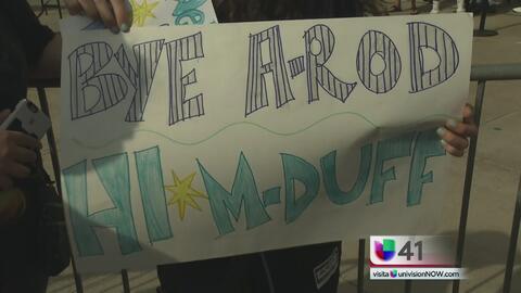 Fanáticos se despiden de Alex Rodríguez