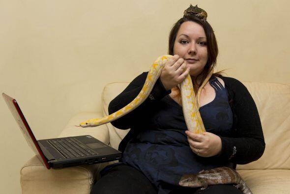Desde pequeña levantaba serpientes o lagartos y los llevaba a su casa, e...