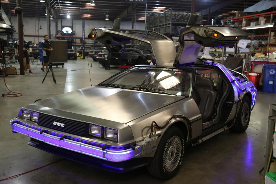 "Réplica de auto de ""Volver al Futuro"""