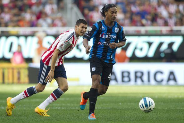 Con Querétaro el brasileño debutó el 17 de septiembre del 2014 en la Cop...