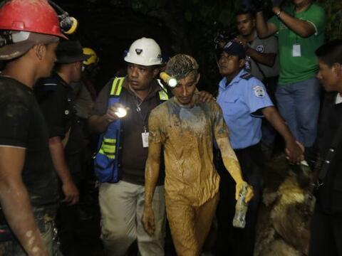 Los trabajadores se encontraban en una mina del sector El Comal, jurisdi...