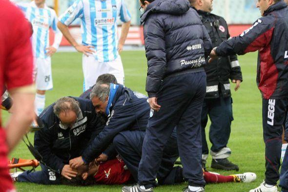 Corría el minuto 31 del partido entre el Livorno, equipo del jugador, y...