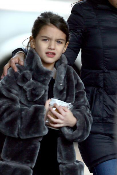 A la hija de Katie Holmes y Tom Cruise obviamente no le falta nada... M&...