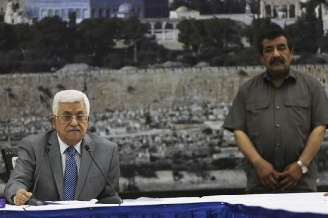 El presidente palestino Mahmud Abás acusó a los colonos judíos de matar...