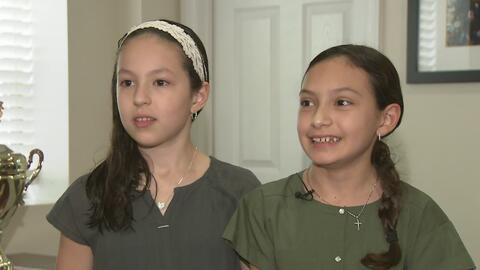 Dos niñas hispanas fueron ganadoras del concurso de deletreo Spelling Bee