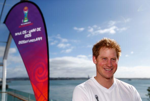 El noble está terminando su visita oficial a Australia y Nueva Zelanda.