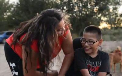 Para los padres de Elias Varela, el CRIT puede ayudar a su hijo a caminar