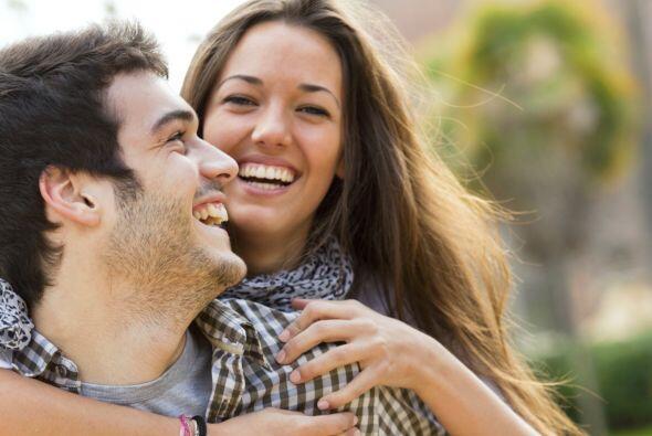 Otro beneficio de la risa, es que es desestresante. La risa actúa...