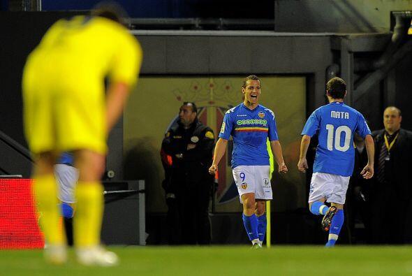 Y al 23', Roberto Soldado hizo un golazo para el 2-0.