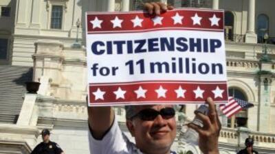 El plan de reforma migratoria del Grupo de los Ocho en el Senado incluye...