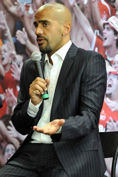 Juan Sebastián Verón, premiado en el 2009 fue el encargado de presentar...