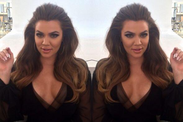 ¿Crees que esta sensual Kardashian está lista para posar d...