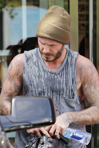 Ahora lo vimos en el gimnasio, dándole duro a las pesas.Má...