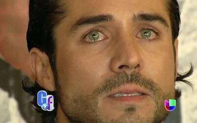 Con lágrimas en sus ojos, José Rón habló de su rompimiento con Ariadne Díaz